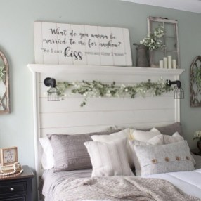 Classy Farmhouse Bedroom Ideas To Try Right Now 27