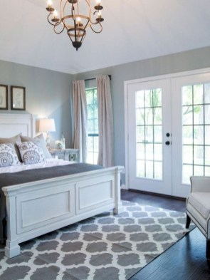Classy Farmhouse Bedroom Ideas To Try Right Now 33