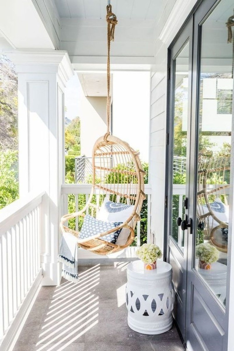Cool Apartment Balcony Design Ideas For Small Space 10