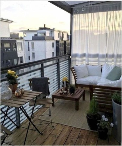 Cool Apartment Balcony Design Ideas For Small Space 19