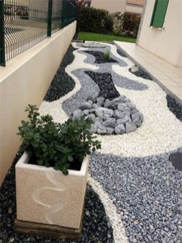 Cozy Rock Garden Landscaping Ideas For Make Your Yard Beautiful 26