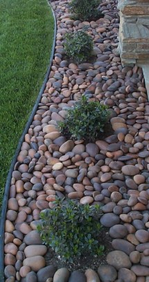 Cozy Rock Garden Landscaping Ideas For Make Your Yard Beautiful 44