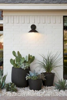 Impressive Small Front Yard Landscaping Ideas To Try 20