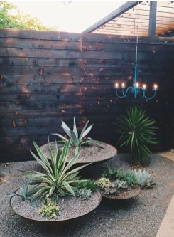 Impressive Small Front Yard Landscaping Ideas To Try 36