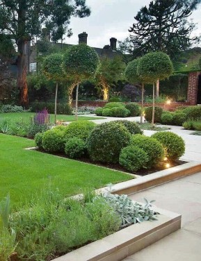 Impressive Small Front Yard Landscaping Ideas To Try 44