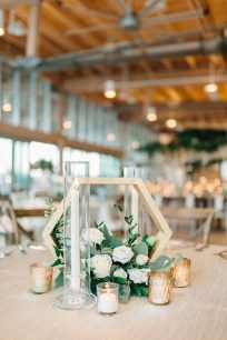 Splendid Wedding Decorations Ideas On A Budget To Try 01