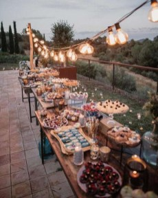 Splendid Wedding Decorations Ideas On A Budget To Try 14