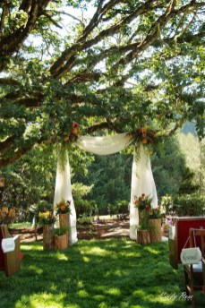 Splendid Wedding Decorations Ideas On A Budget To Try 29