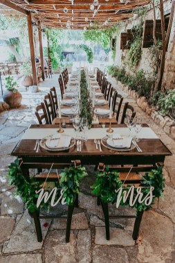 Splendid Wedding Decorations Ideas On A Budget To Try 37