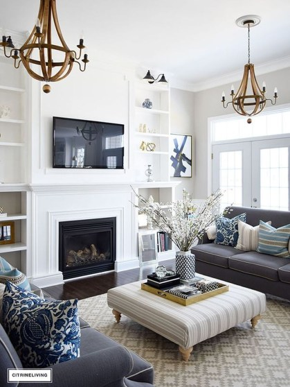 Superb Warm Family Room Design Ideas For This Winter 38
