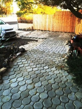 Unordinary Diy Pavement Molds Ideas For Garden Pathway To Try 08
