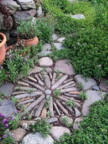 Amazing Diy Mosaic Decorations Ideas To Inspire Your Own Garden 13