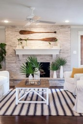 Attractive Lake House Decorating Ideas For You 12