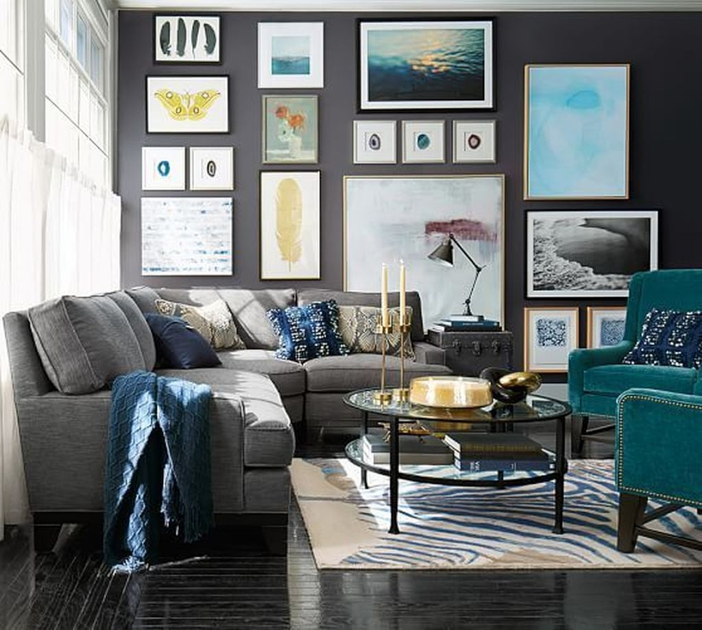 Cozy Masculine Living Room Design Ideas To Try 35