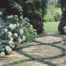 Popular Garden Path And Walkway Ideas To Your Outdoor Space 38