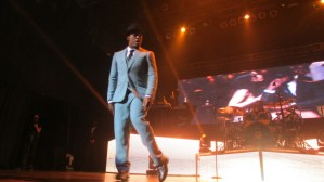 Ne-Yo & his mad dance skills