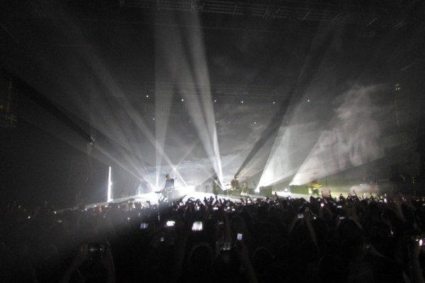 "The 1975 performing their hit song ""Robbers."""