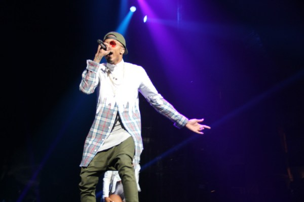 August Alsina delivering a great performance. Photo by De'Anrda Hurd