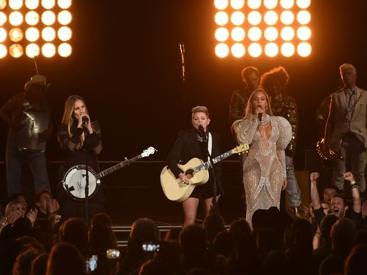 Country Music Awards Review