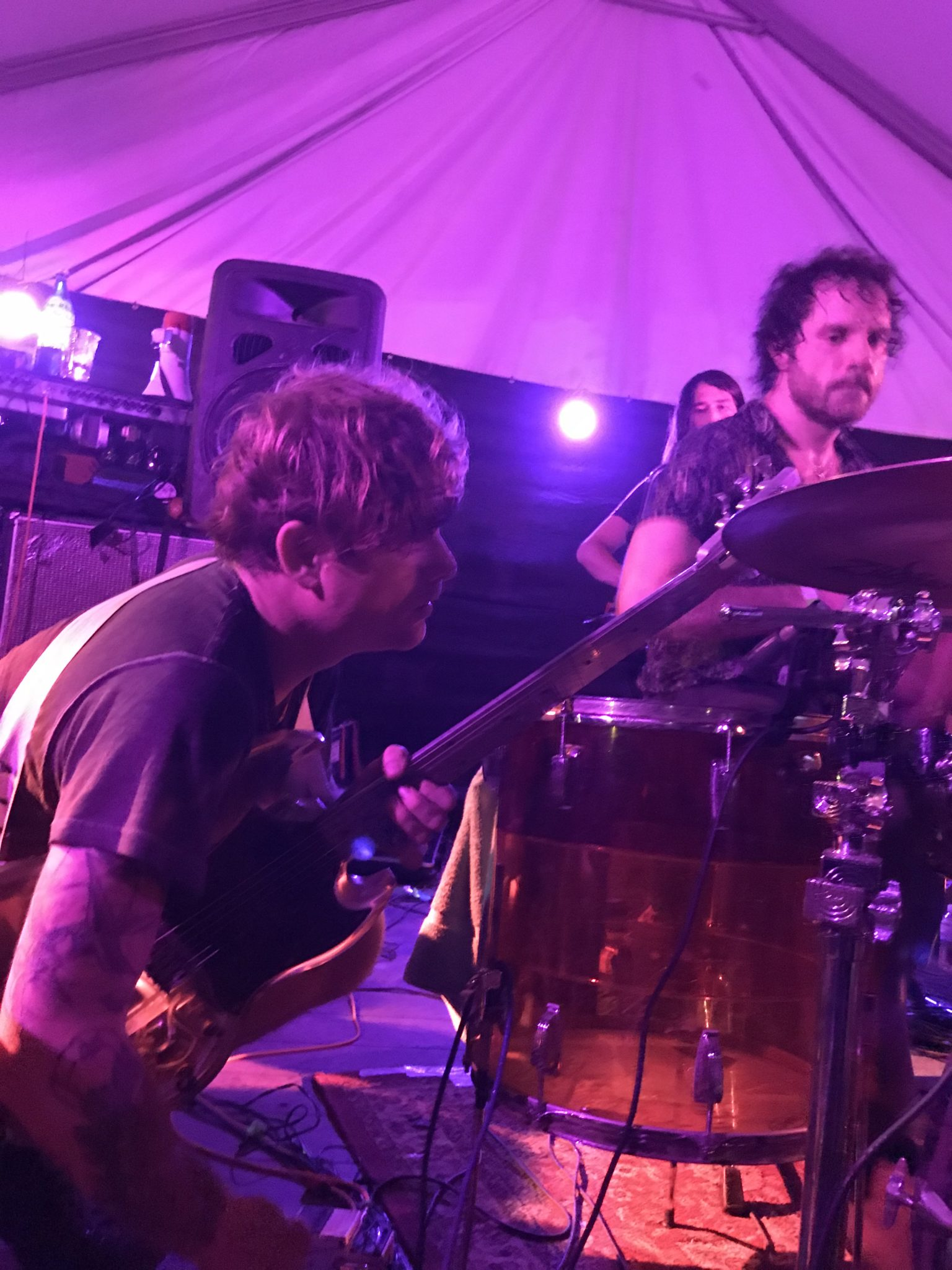 Oh Sees check into Hotel Vegas