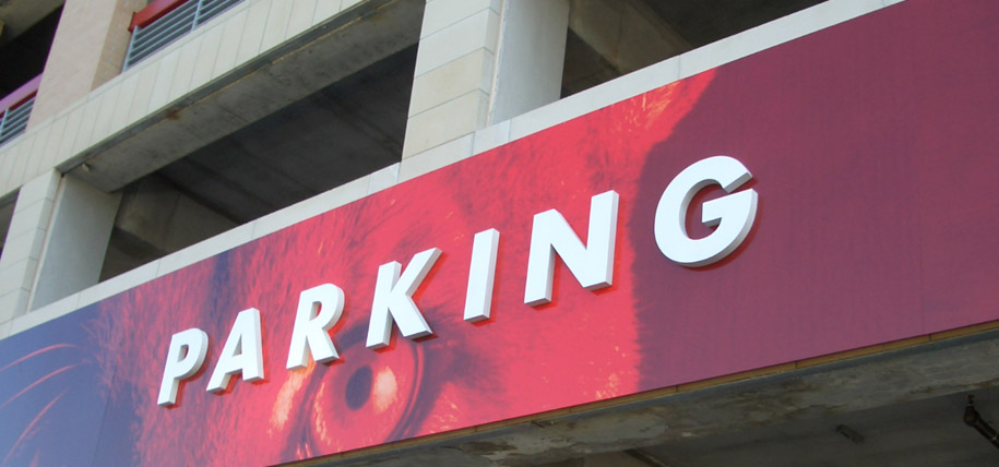 10 Songs to Listen to While You're Searching for Parking at UH