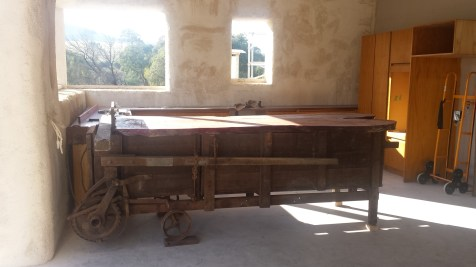 Brekky Bar with red gum top, the red gum top belonged to a bar prior to serving in its new home