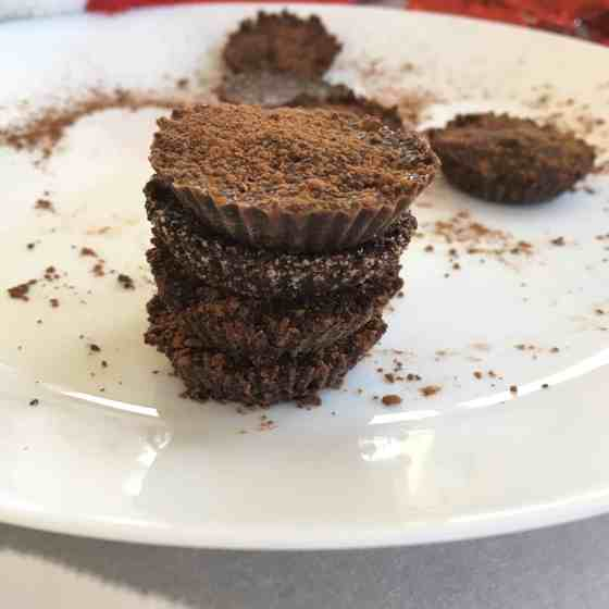 AIP Chocolate cups