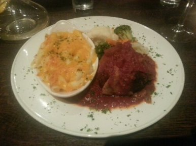 Tante Zoe's Meatloaf and Mac n Cheese
