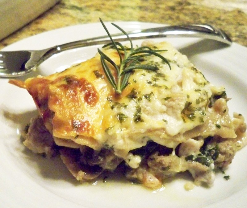 White Lasagna with Turkey and Mushrooms