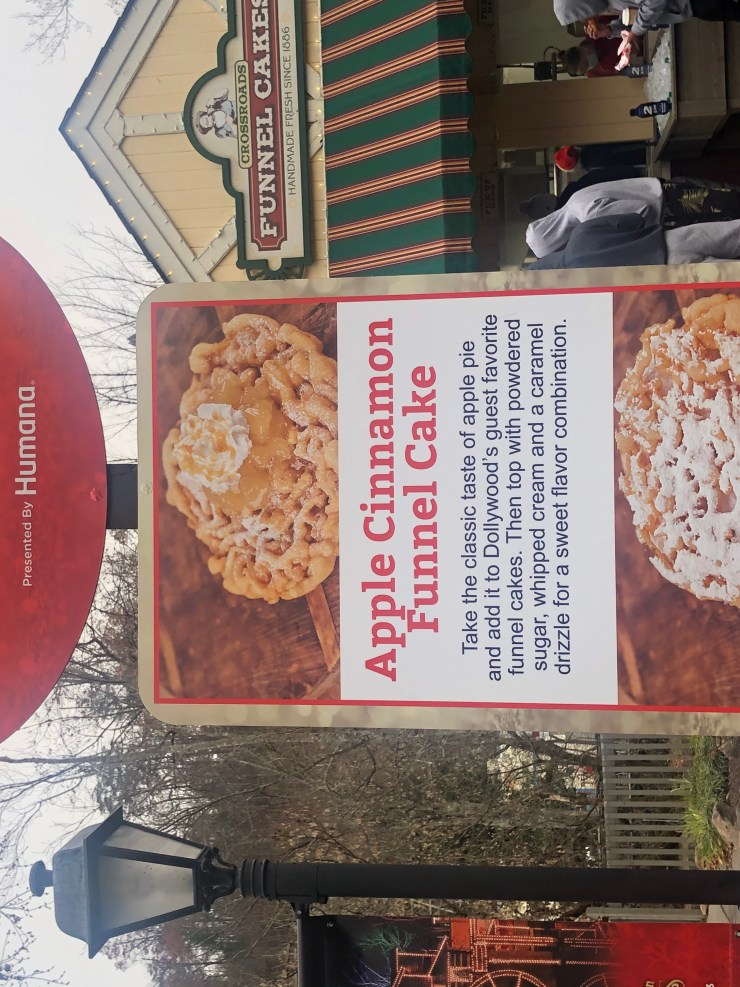 crossroads funnel cakes at dollywood
