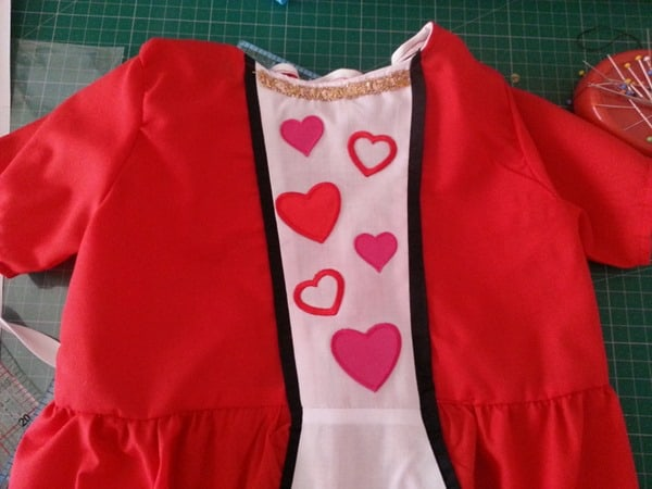 Sew a Queen of Hearts Dress (19)