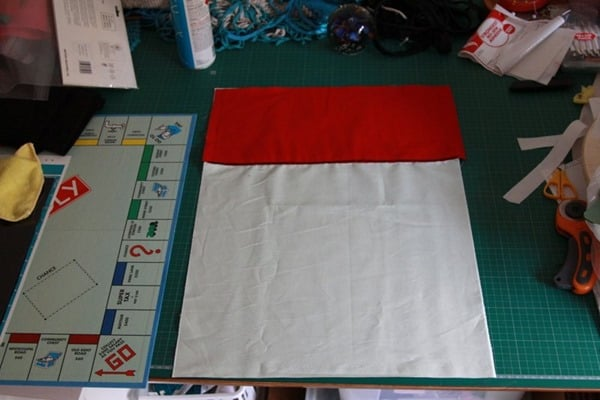How to sew a monopoly floor cushion or stool (10)