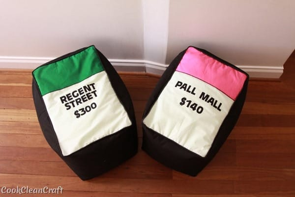 How to sew a monopoly floor cushion or stool (26)