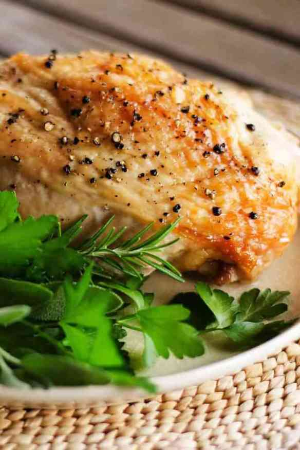 Easy Roast Turkey Breast - This simple roast turkey breast recipe is perfect for dinner, lunch meat, or salads. So easy it practically cooks itself. | cookeatpaleo.com
