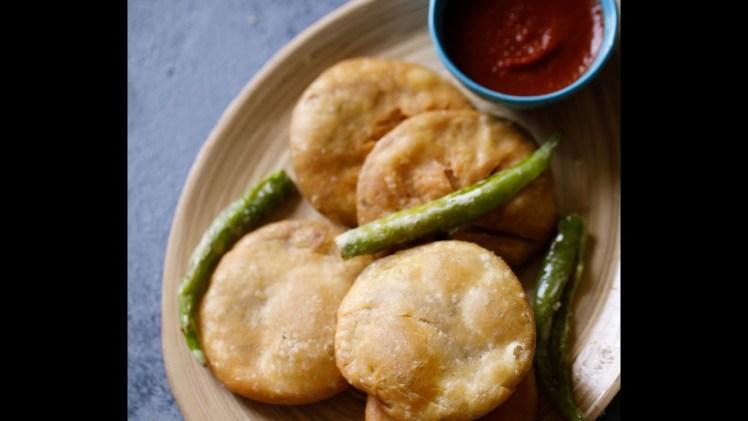 Kachori recipe – How to make dal kachori – Khasta kachori recipe