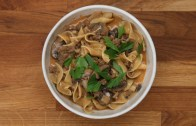 One – Pot Ground Beef Stroganoff