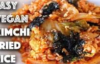 EASY VEGAN KIMCHI FRIED RICE RECIPE – 10 MINUTE DINNER