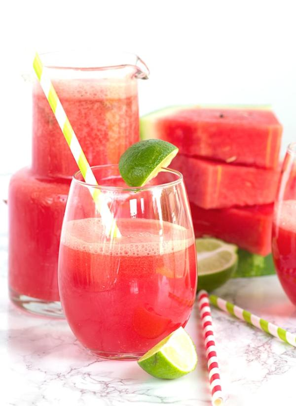 Watermelon Fizz - an easy bright and refreshing drink packed full of watermelon, lime, and ginger ale!