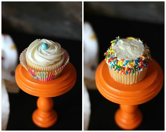 Favorite Vanilla Cupcakes | Cookies and Cups