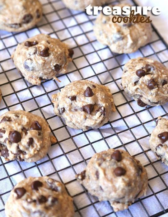 Treasure Cookies...SIMPLE GOOEY cookies with browned butter and sweetened condensed milk!! SO EASY!
