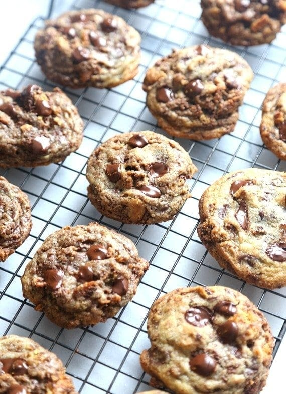 Crispy Bits Chocolate Chip Cookies...a SECRET Ingreidient that makes these cookies both crispy and soft all in one! PERFECTION!!
