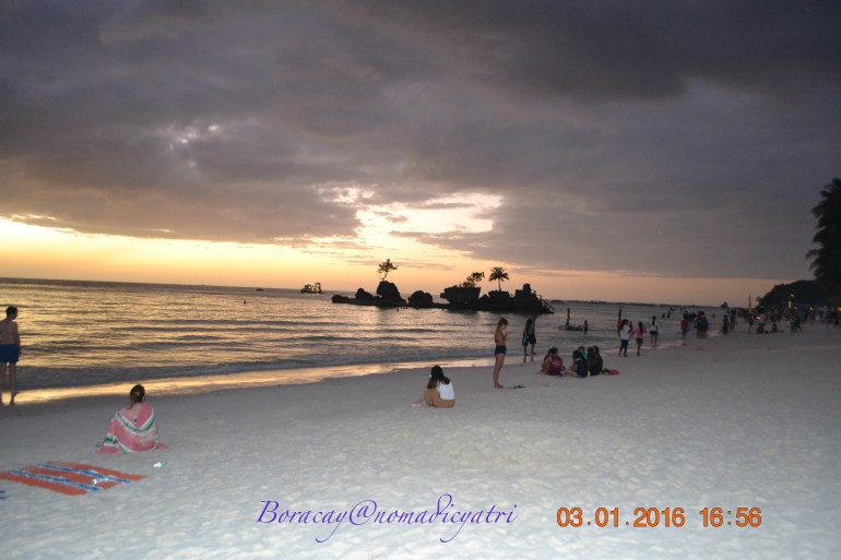 Philippines tourist visa gateway to Boracay Beach