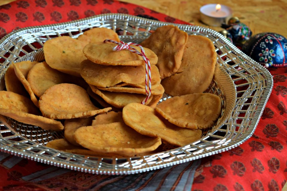 Thattai - Fried Indian Savory SnackAppetizers & Snacks