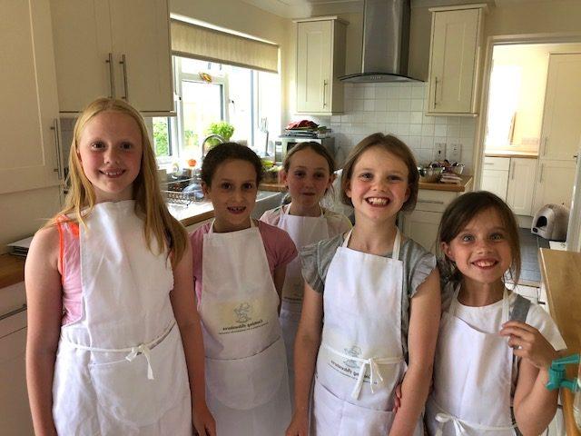 kids parties, children's parties, children cooking, party activities, happy children