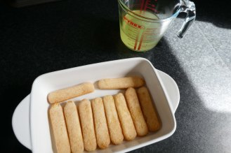 sponge fingers with limoncello mixture