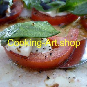 Mozzarella mit Tomate und Grün, Leinwand, groß