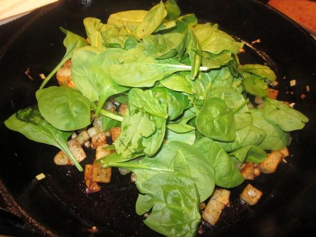 spinach cheese breakfast skillet 015