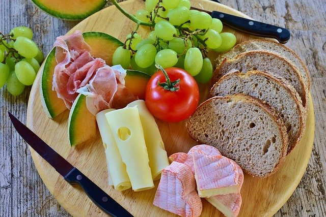 kitchen basics purchasing a set of knives - Kitchen Basics: Purchasing A Set Of Knives