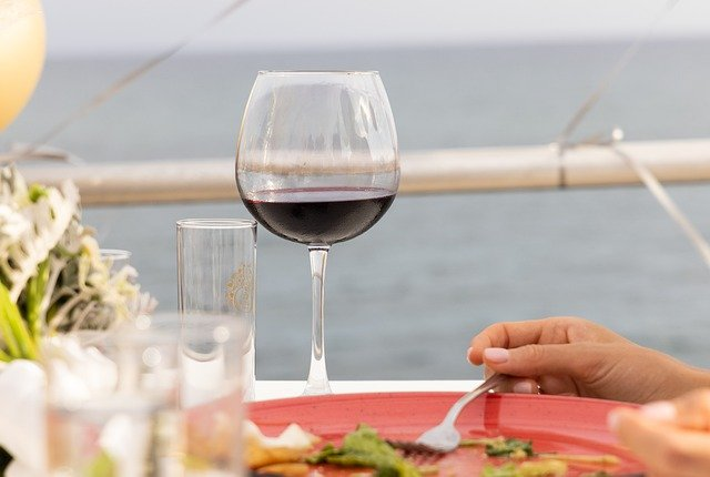 glasstapping tasty wine tips for all wine drinkers - Glass-Tapping Tasty Wine Tips For All Wine Drinkers
