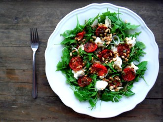 https://cookingbrainsblog.wordpress.com/2012/12/23/super-sneaky-salads-a-salad-of-baked-tomatoes-will-bring-summer-to-your-mouth/